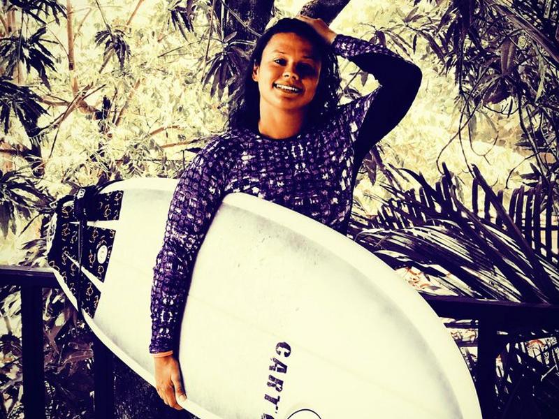 Levar ou alugar prancha de surf?